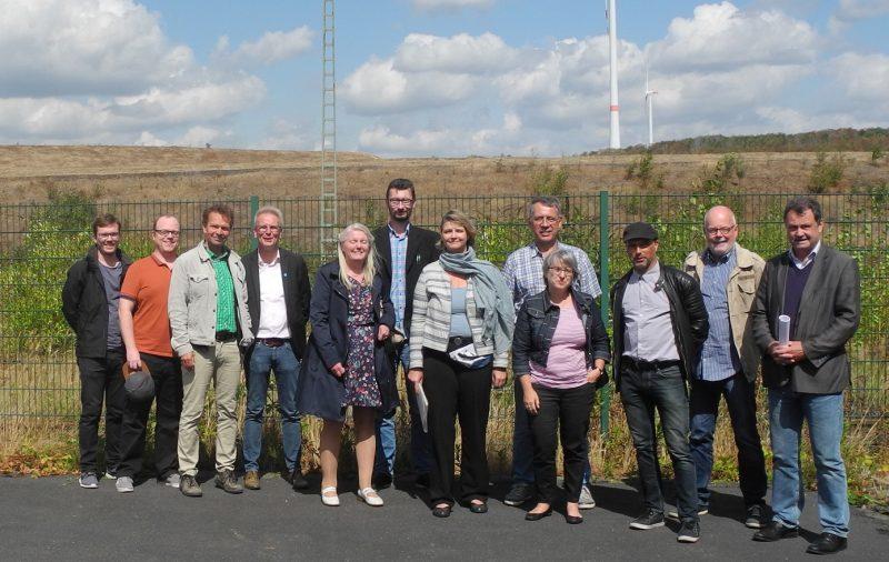 RVR-Fraktion, Marler Grüne und BI Marl-Hamm vor der Halde Brinkfortsheide.